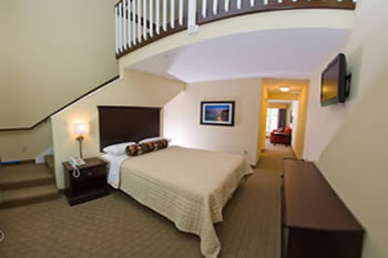 Kelleys Island Venture Resort Is Located On The South S Of Beautiful Our Boutique Hotel Offers 31 Luxury Suites Witha Range